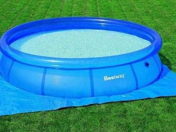 58000 Bestway Подстилка для бассейнов 274х274 см